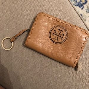 Good condition Tory Burch Tan Keychain Card Holder